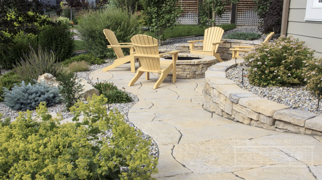 Small Yard Landscaping with a Retaining Wall